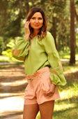 Безупречная льняная вышиванка светло-зеленого оттенка (Ж24-255)
