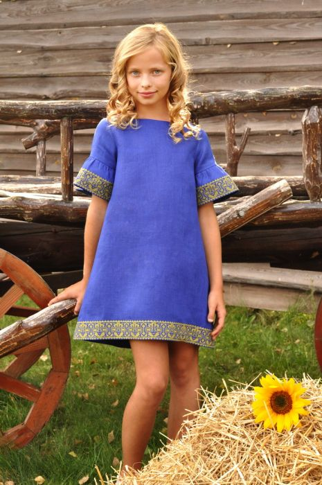 Дизайнерское детское платье с вышивкой свободного кроя (ДП22-293)