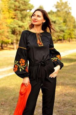 Элегантная черная блуза с символичным растительным орнаментом (Ж24-129)