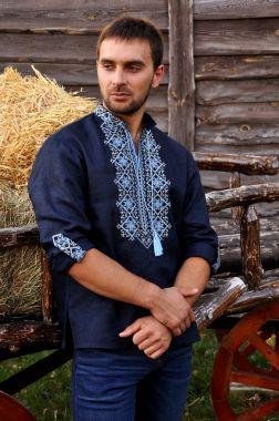 Стильная вышитая мужская рубашка со стойкой и длинным рукавом (М01/1-293)
