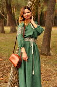 Невероятно изящное зеленое платье в пол с вышивкой  (П16/7-236)
