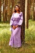Трогательное платье-вышиванка пастельного цвета с изящным узором (П34/1-251)